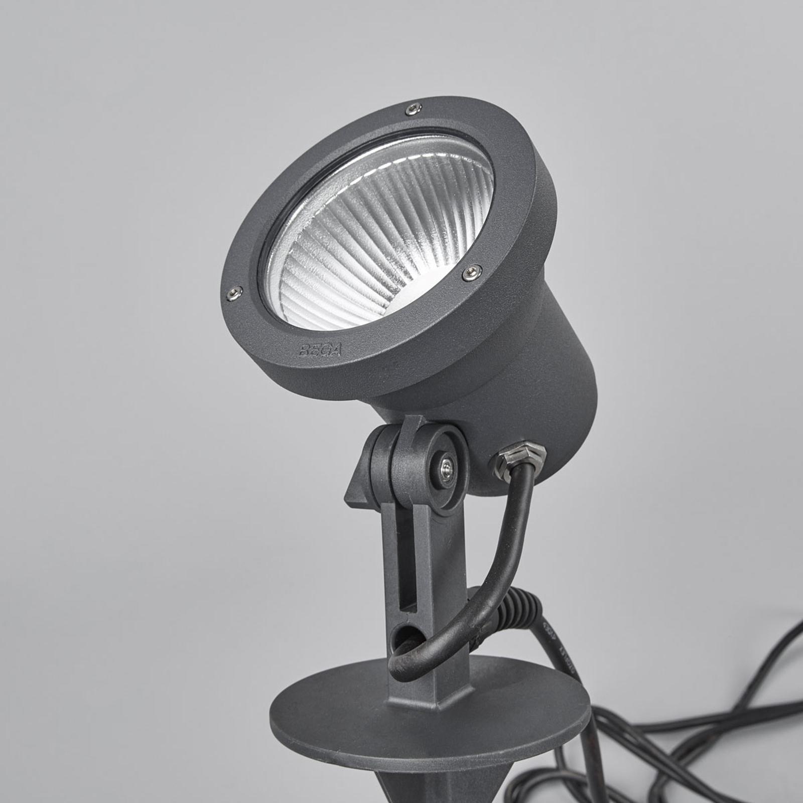 Bega – LED spot 77325K3 med jordspyd og kontakt