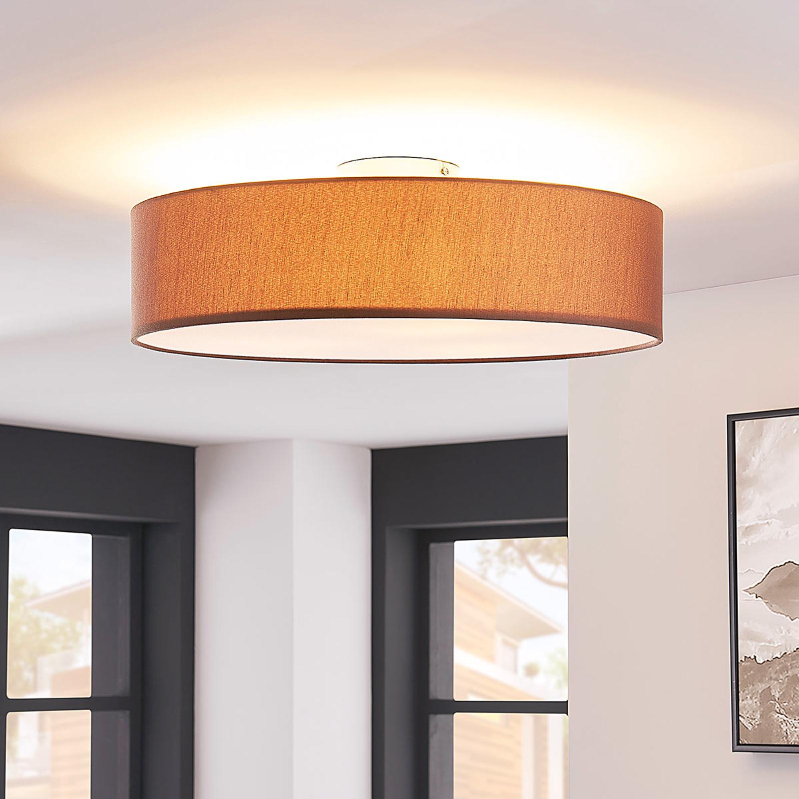Taklampe Sebatin av stoff m. E27 LED-lys, lysebrun