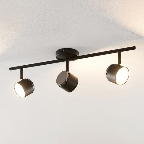 Lindby Marrie LED spot, zwart, 3-lamps, stang