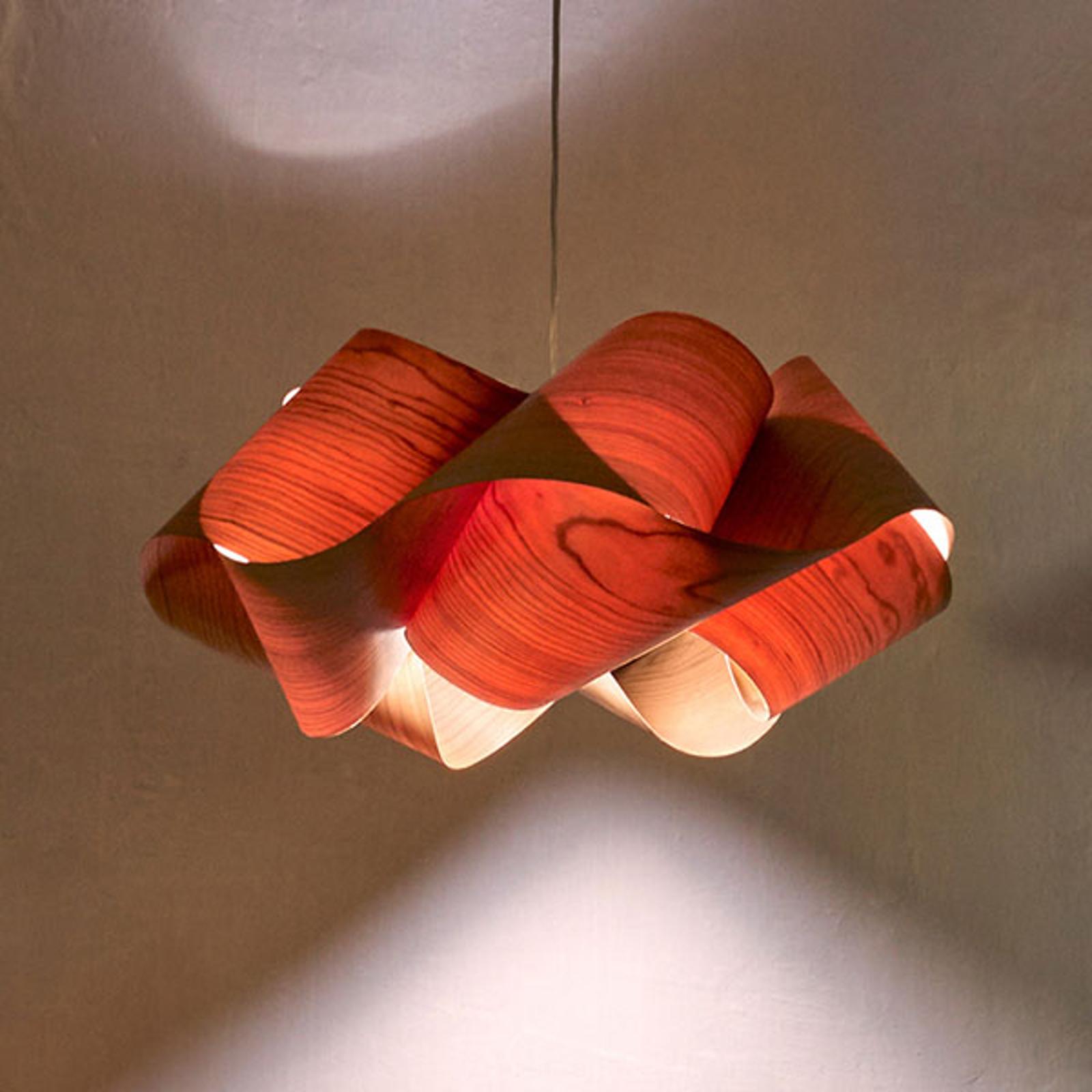LZF Swirl lampa wisząca Ø 54cm, wiśniowa naturalna