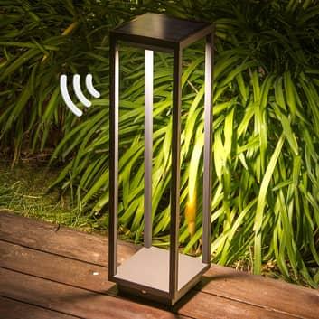 Potelet LED solaire Saura, détecteur de mouvements