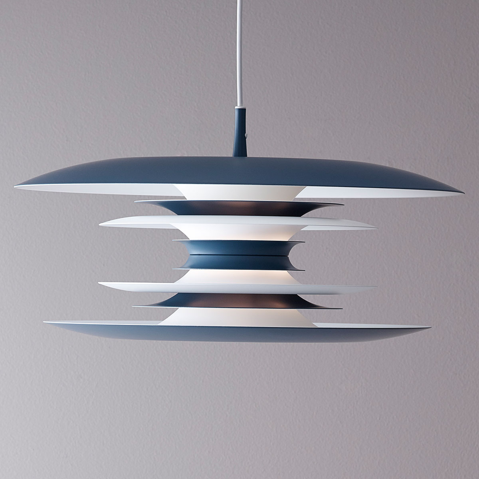 Lampa wisząca Diablo Ø 50 cm błękitna