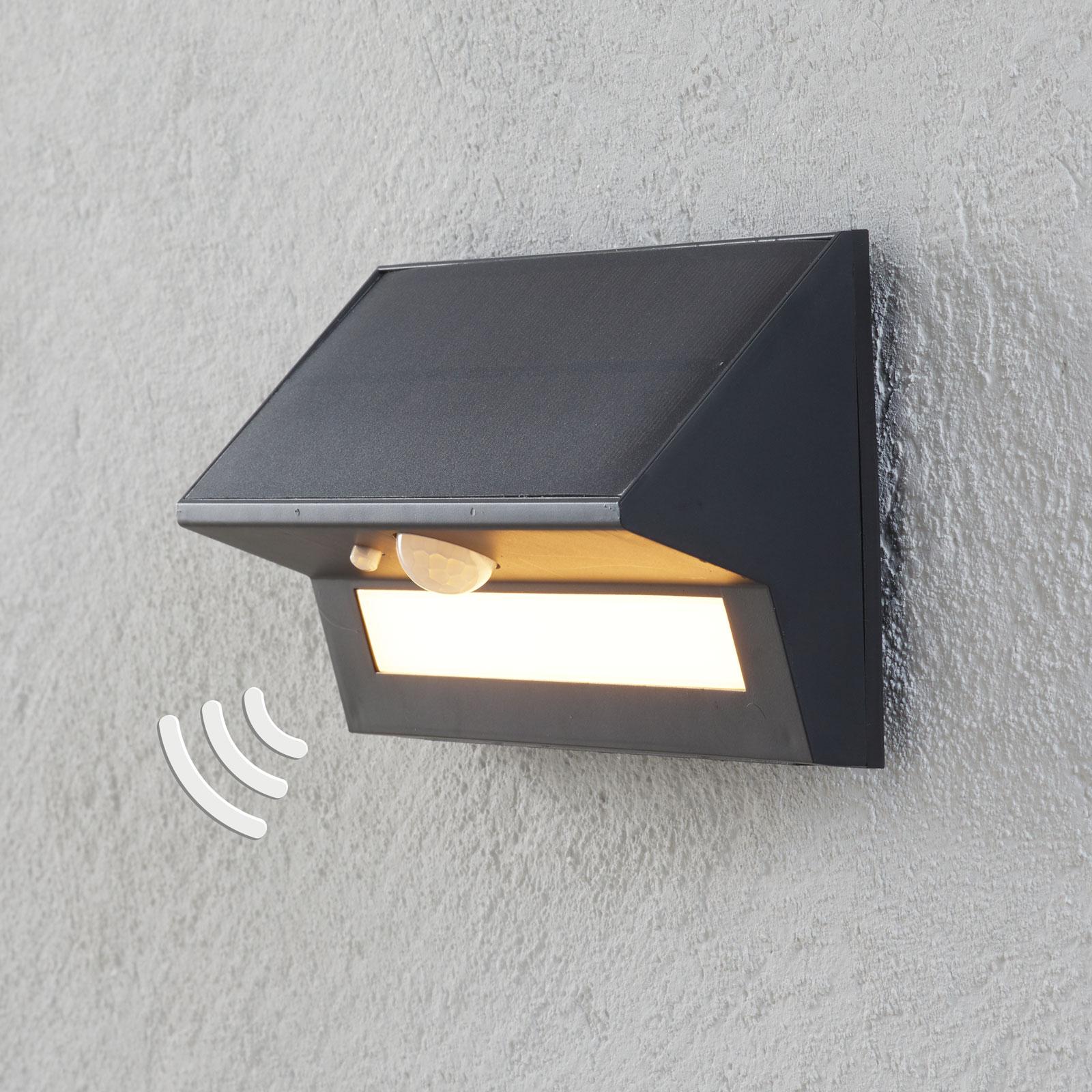 LED-solcelle-utevegglampe Kristiana med sensor
