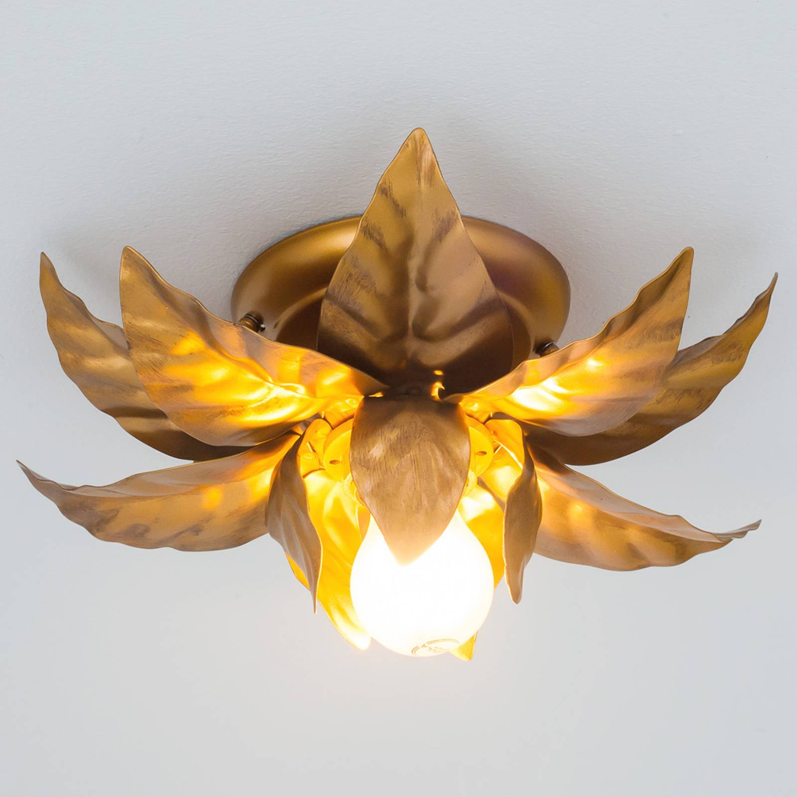 Plafondlamp ANTIK met goudkleurige bladeren 26 cm