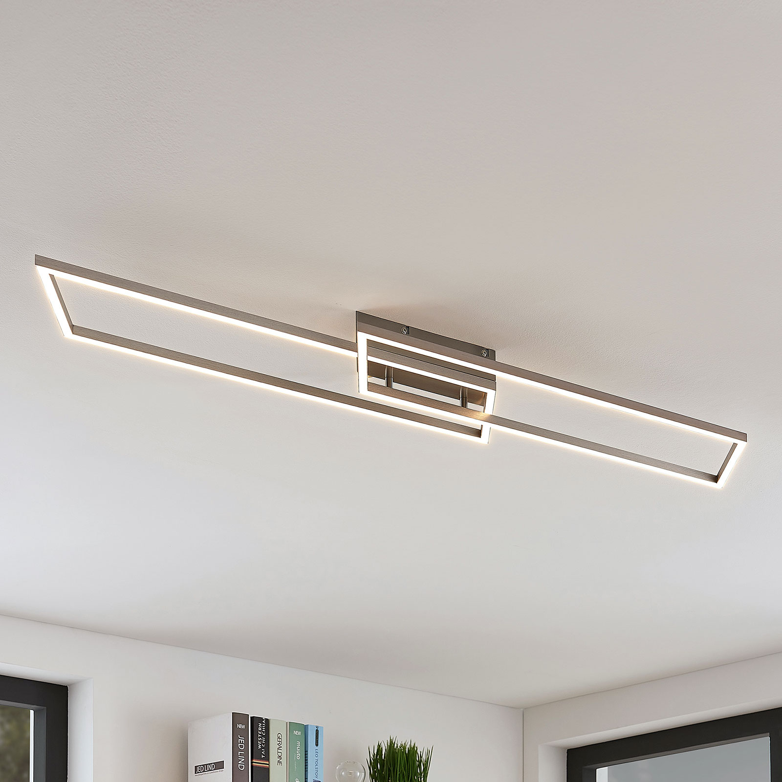 Lijnrechte LED plafondlamp Quadra, dimbaar