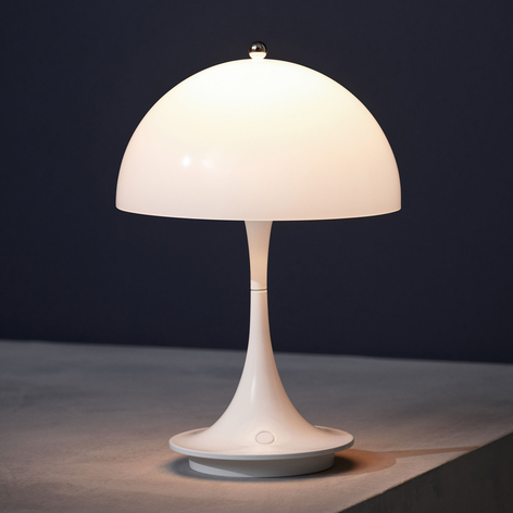 Louis Poulsen Panthella Portable LED-Tischlampe