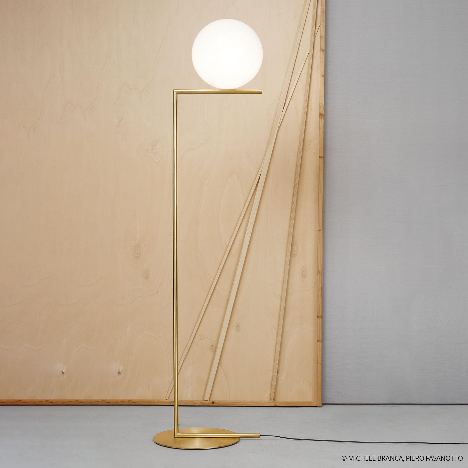 Lámpara de pie de latón IC F2 de FLOS