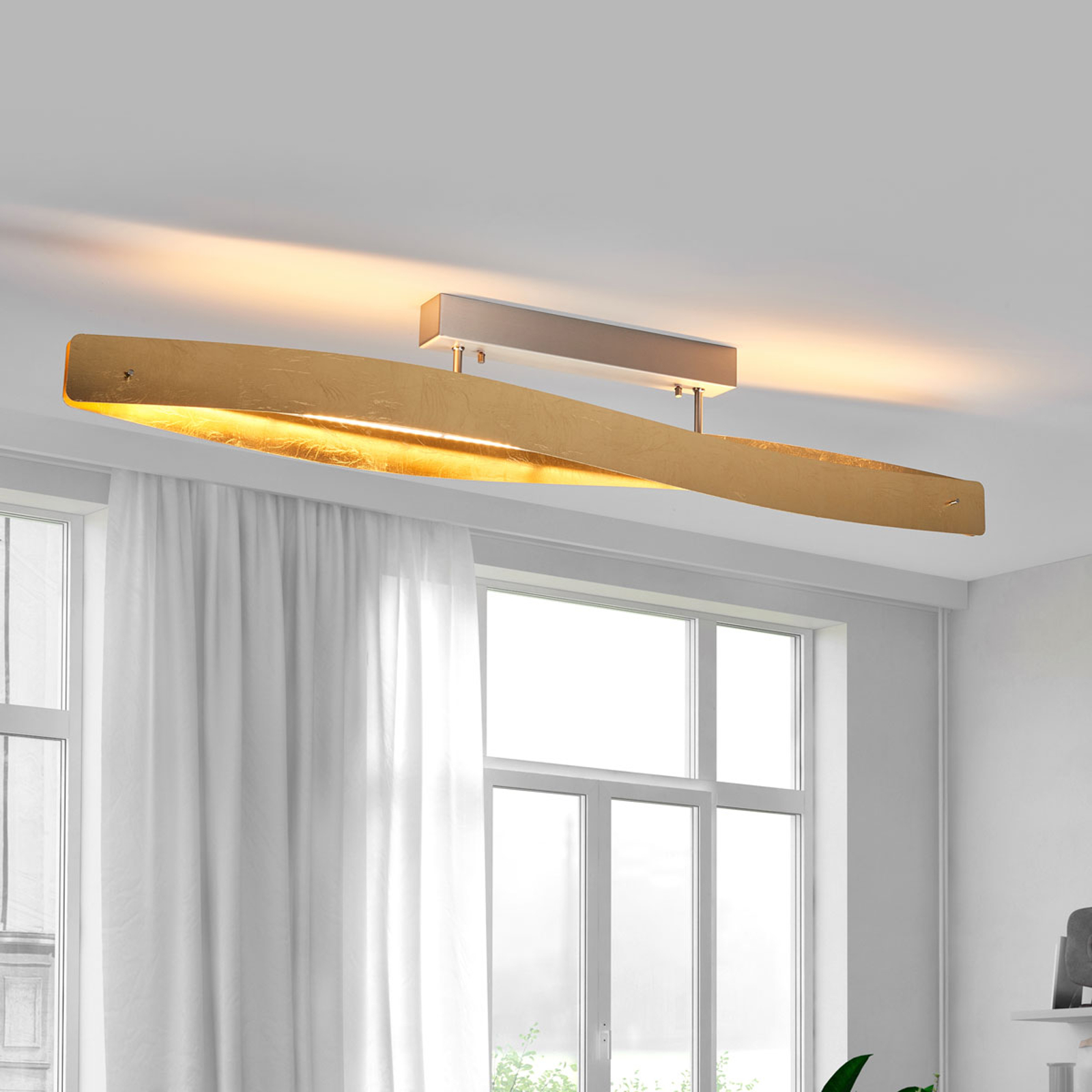 Elegante led plafondlamp met slagmetalen afwerking