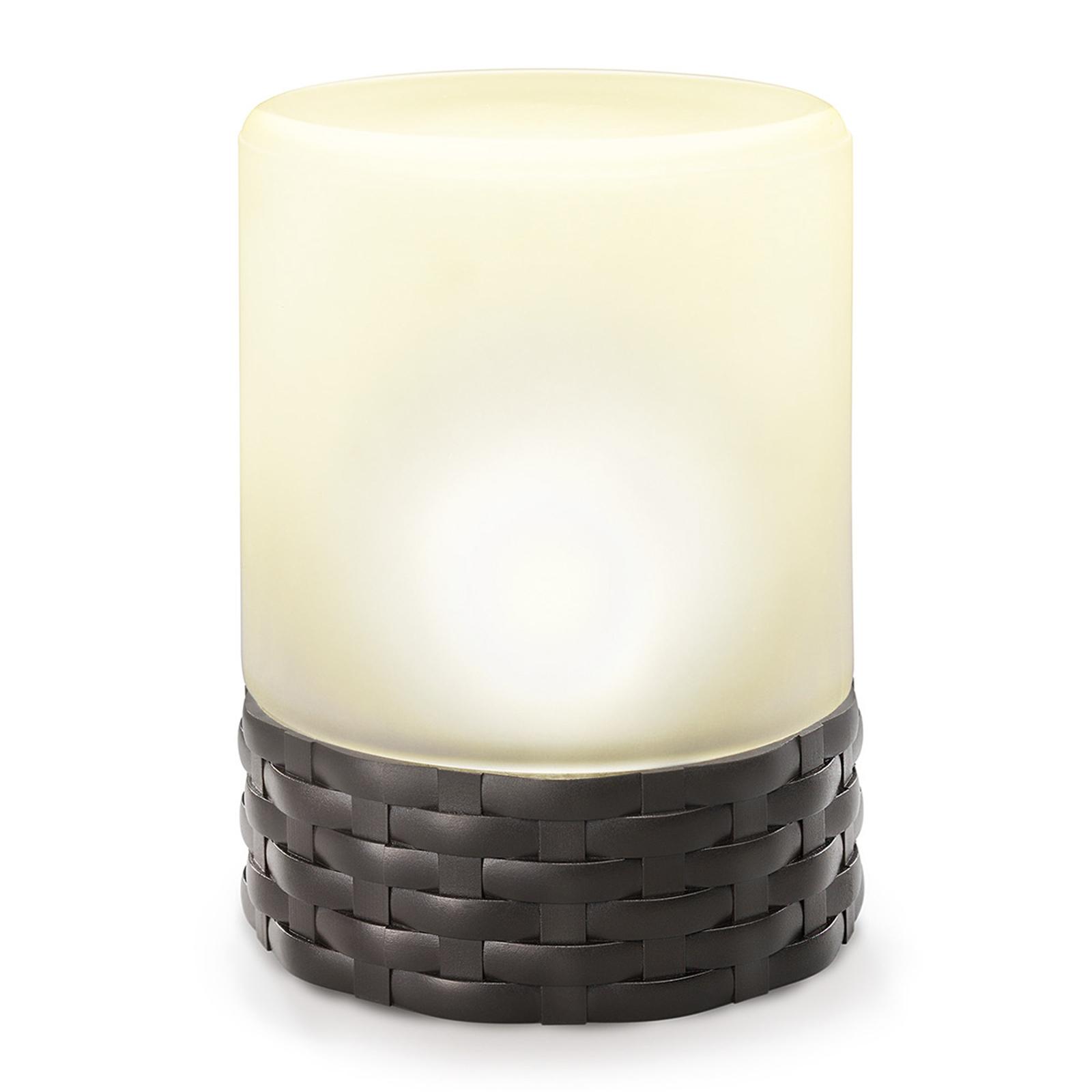 Cloe – solární LED lampa v trendy ratanovém stylu