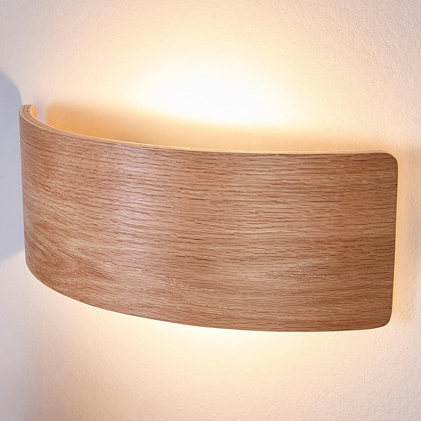Aantrekkelijke houten wandlamp Rafailia met LEDs