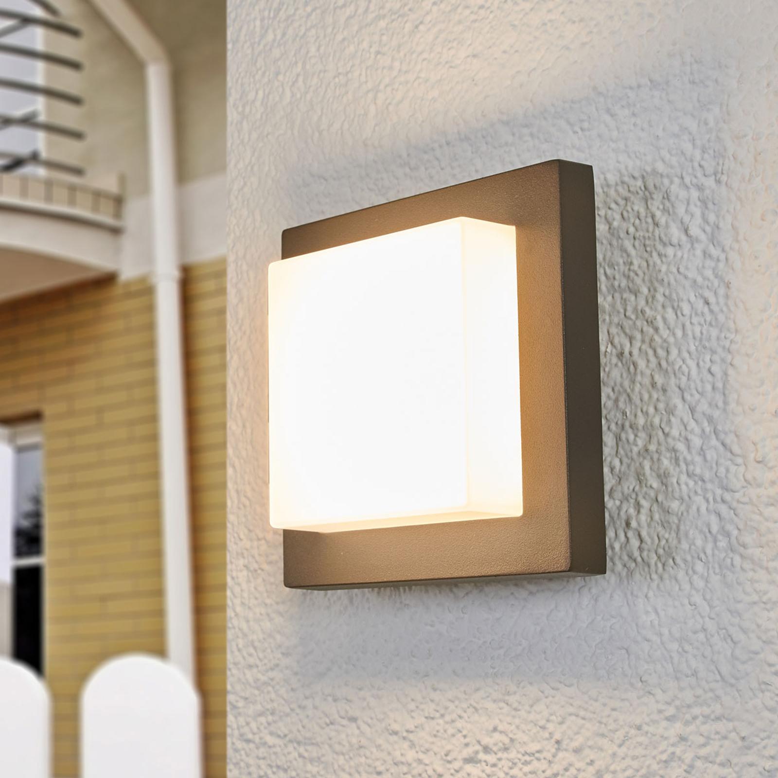 Celeste discreet LED outdoor wall light_9618018_1